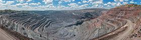 Těžba a kovy thumbnail