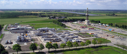 One of the 20 gas well clusters in Groningen province