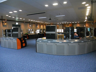 Post-revamp central control room with CENTUM CS 3000