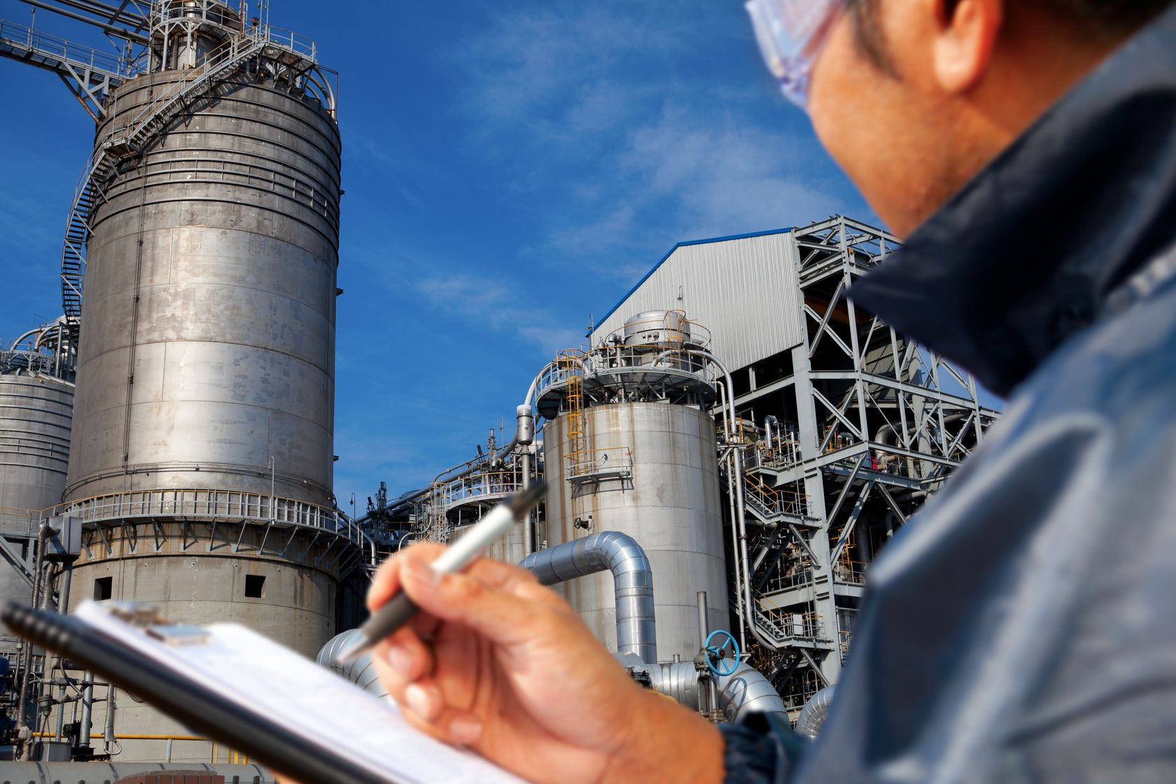 With careful planning and implementation, Yokogawa can help you achieve a safe, cost-effective, and value-added hot or cold cutover migration process for your system.