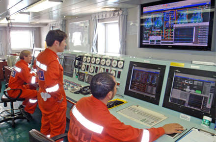 Integrated control and automation system (ICAS) in cargo control room